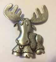 JJ VINTAGE MOOSE WITH LARGE ANTLERS ADORABLE PEWTER BROOCH PIN