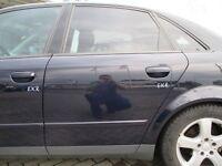 Tür hinten links Audi A4 B6 8E Limousine brilliantblau LY5K blau
