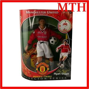 Manchester United Ryan Giggs Action Figure Heroes of The Treble Hasbro 2000 VGC