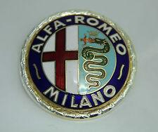 CLASSIC ALFA ROMEO GIULIETTA 750 émail laqué badge logo emblème 55 mm.