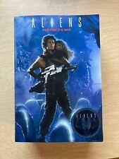 NECA - ALIENS Rescuing Newt Deluxe Set Ripley 2016 - NEW & SEALED!