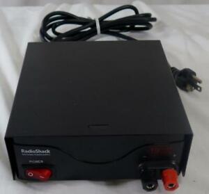 Radio Shack 19A 13.8V DC Power Supply Catalog 22-508B