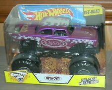 HOT WHEELS MONSTER JAM PURPLE AVENGER 1/24