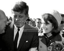 PRESIDENT JOHN F. KENNEDY AND JACKIE ARRIVE AT LOVE FIELD - 8X10 PHOTO (ZZ-119)