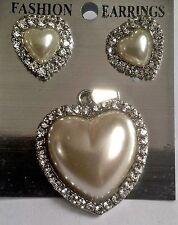 beautiful heart shaped Pearl silver colour Diamante pendant & earings set