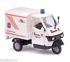 """Busch 48480 HO (1/87e): Piaggio Ape 50 """"Espresso Ambulanz"""""""