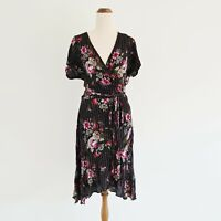 City Chic Plus Size 16 Small Black Floral Glitter Stripe Short Sleeve Wrap Dress