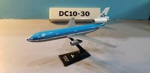 FLIGHT MINIATURE KLM AIRLINES DC10-30 1:250 SCALE PLASTIC SNAPFIT MODEL