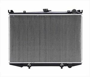 Tested Radiator for Nissan Pick Up 2.4L 1995-1997