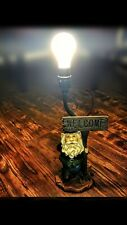 Standing Gnome holding Welcome Sign, Table Lamp