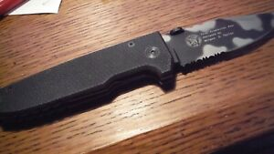 Pocket knife Large Smith & Wesson-Extreme Ops.