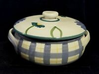 Hand Painted Caleca Arioso Blue White Lattice Stoneware Covered Casserole Italy