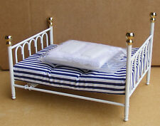 1:12 Scale White Metal Double Bed & Covers Dolls House Bedroom Accessory 117
