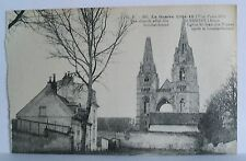 Postcard. La Guerre 1914-18. Carte Postale. The Church after the bombardment.
