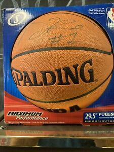 AUTHENTIC DERRICK ROSE PSA/DNA SIGNED SPALDING OFFICIAL BASKETBALL AUTOGRAPH