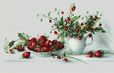 NEW COUNTED CROSS STITCH KIT STILL LIFE WITH STRAWBERRIES NATURE FLOWERS