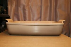 LE CREUSET Heritage Stoneware Rectangular Baking Dish Light Linen Brown