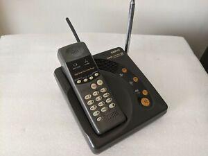SANYO CLT-55KM 3-mile long range cordless UHF radio phone.