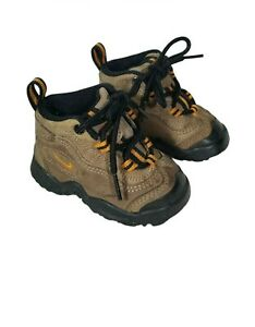 Nike Toddler Brown Boots US Size 4C 650152381
