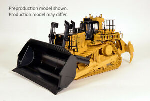Cat D11 Huge Dozer CD Carrydozer w Ripper 1:24 Scale Model Diecast CCM BRAND NEW