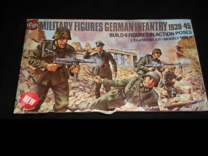 AIRFIX 03582-2, 1/32 GERMAN INFANTRY EUROPE 1939-45 MULTIPOSE PLASTIC FIGURE KIT