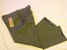 NWT Women's Levi's Utility Chino Pants Size 31 Hazy Green ~ 33X29 ~ MSRP $54