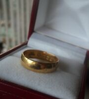 Attractive 22ct Yellow Gold Wedding Band Ring h/m 1917 Birmingham  -  size L