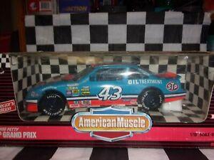 Richard Petty #43 STP Grand Prix  American Muscle 1:18 Scale 7461 Coll Edition