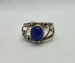 Sterling Silver Small Oval Lapis Lazuli Ring