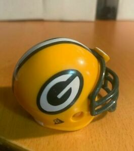 Riddell pocket pro football helmet Green Bay Packers TRADITIONAL green facemask