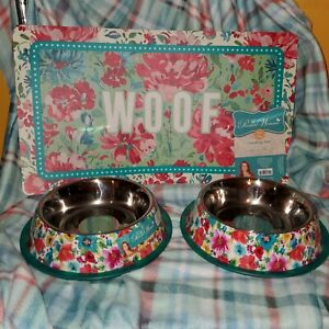 Pioneer Woman Pet 2 Steel Bowls Feeding Mat Dog Breezy Blossom Gorgeous Garden