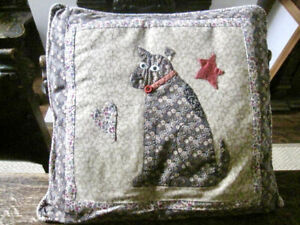 """*Vintage* Beautifully Detailed Hand -Made Patchwork Cushion """"Dog"""" Very Original!"""