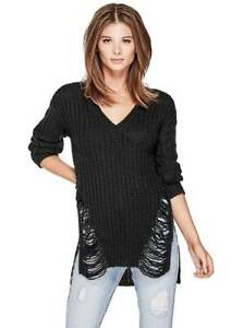 NWT  Women's GUESS Sweater  Black size M ( linza destoyed sweater )