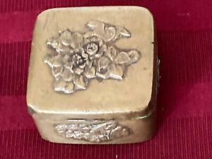 RARE ANCIENT BRASS BOX : Japanese Meiji period relief floral birds - 1800's !!!