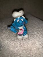 Vintage 1983 Smurfs Chef Baker w/ Cake Smurf Figure Schleich Peyo Hong Kong Made