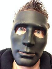 Maschere nero in plastica per carnevale e teatro