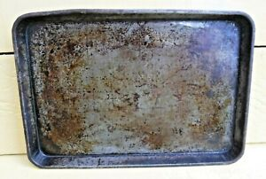 VINTAGE OVEN TIN BAKING TRAY, SHABBY VINTAGE - LOT 1