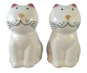 Cat / Kitten 3 1/4 inch White Pink Ears Salt & Pepper Shaker Set Made in Brazil