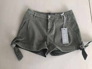 NEW WITH TAGS MINT VELVET Chino Shorts Ladies Size 6 RRP £59 Beach Holiday green