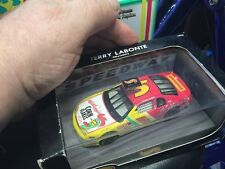 1997 Hot Wheels NASCAR #5 Kellogg's Terry Labonte
