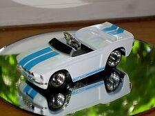 JADA 67 SHELBY GT 500 DIE CAST CAR 1/64 1967 WHITE BLUE STRIPES PEDAL CAR