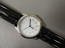 "Quartz watch Men's Good condition 8 1/4"" Black leather band Keeps perfect time"