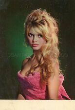 SEXY BRIGITTE BARDOT 60s VINTAGE POSTCARD #68 BUSTY