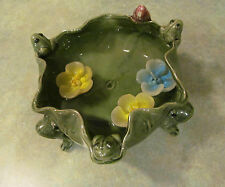 VINTAGE MAJOLICA STYLE ART POTTERY 6 FROGS LILY PAD Footed BOWL/BAMBOO PLANTER