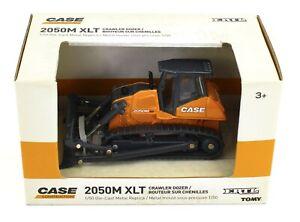 1:50 ERTL *CASE* Model 2050M XLT Crawler Dozer *DIECAST* NEW IN BOX!