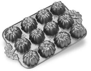 Nordicware 12 AUTUMN Harvest PUMPKIN PATCH Bundt Muffin Pan HEAVY Cast Alum *NEW