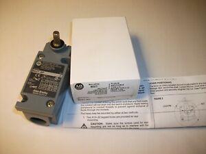 New in Box Allen Bradley 802T-AP Plug-in Oil tight Limit Switch Series J