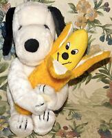 """VINTAGE 11"""" SNOOPY PLUSH 1968 Applause HANDS HUG hugging Banana Stuffed Toy Tag"""