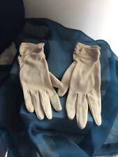 Vintage women's gloves handmade beige