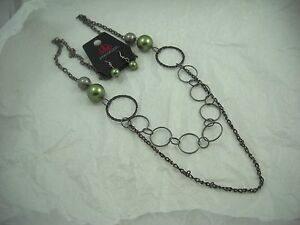 Paparazzi Green Pearl & Grey Metal Necklace & Earring Set NWT